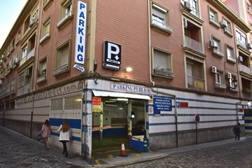 parking plaza de los campos